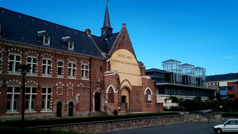Photo du Monument Historique Ancien Hôtel-Dieu situé à Douai