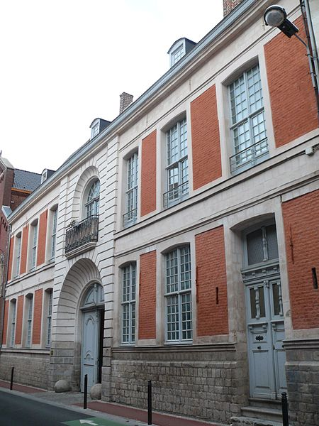 Photo du Monument Historique Maison dite Hôtel du Gouverneur ou Hôtel de la Gouvernance situé à Douai