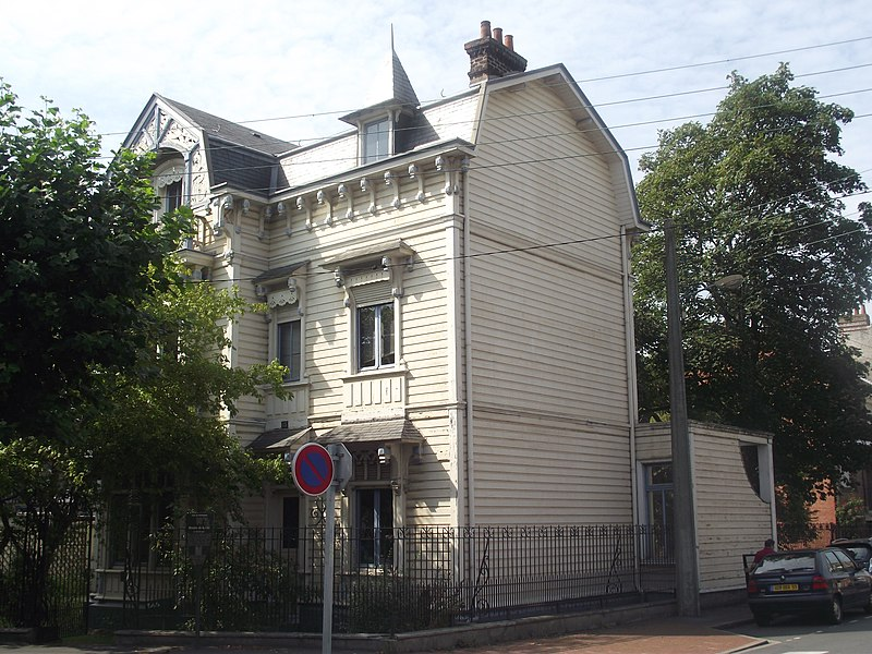 Photo du Monument Historique Villa Myosotis situé à Dunkerque
