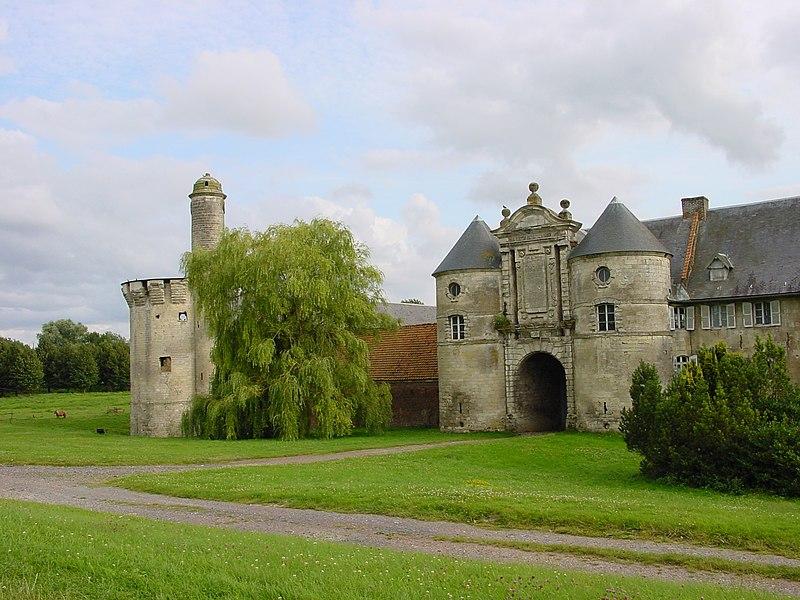 Photo du Monument Historique Château situé à Esnes
