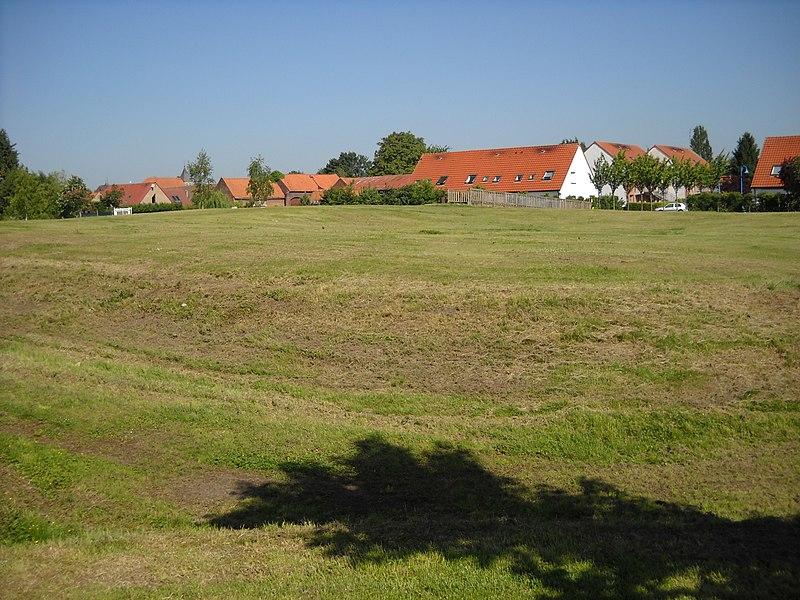 Photo du Monument Historique Motte féodale situé à Fretin