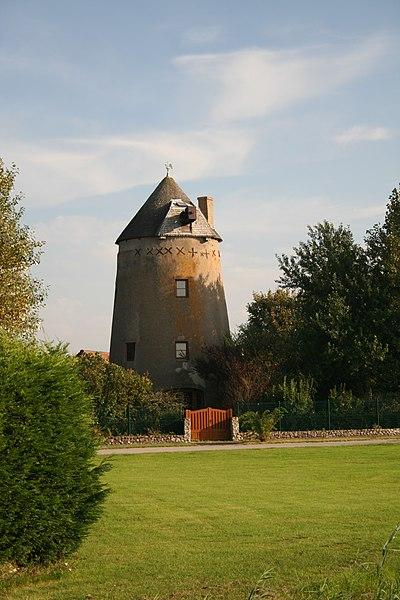 Photo du Monument Historique Moulin à vent dit moulin des Huttes situé à Gravelines