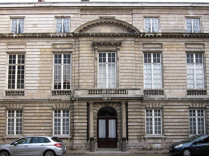 Photo du Monument Historique Hôtel d'Avelin (Hôtel du Rectorat) situé à Lille