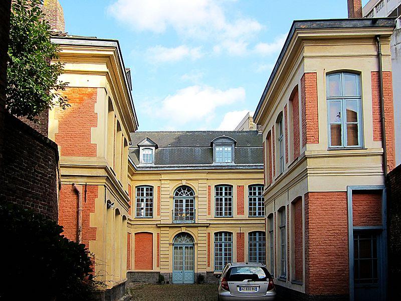 Photo du Monument Historique Hôtel de Marchiennes situé à Lille