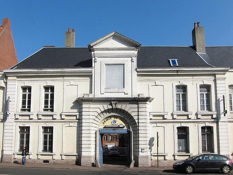 Photo du Monument Historique Ancien hôtel militaire des Bleuets situé à Lille