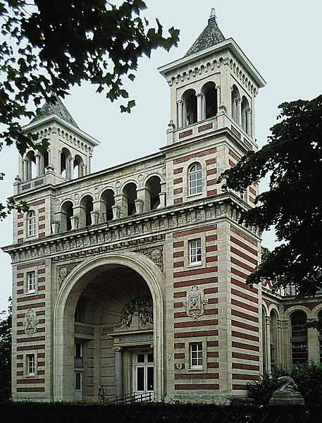 Photo du Monument Historique Palais Rameau situé à Lille
