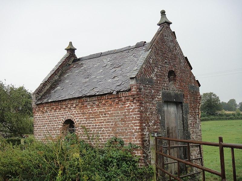 Photo du Monument Historique Chapelle de Notre-Dame-de-Hal situé à Marbaix