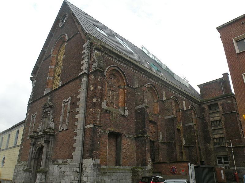 Photo du Monument Historique Ancienne chapelle du collège des Jésuites, actuellement salle Sthrau situé à Maubeuge