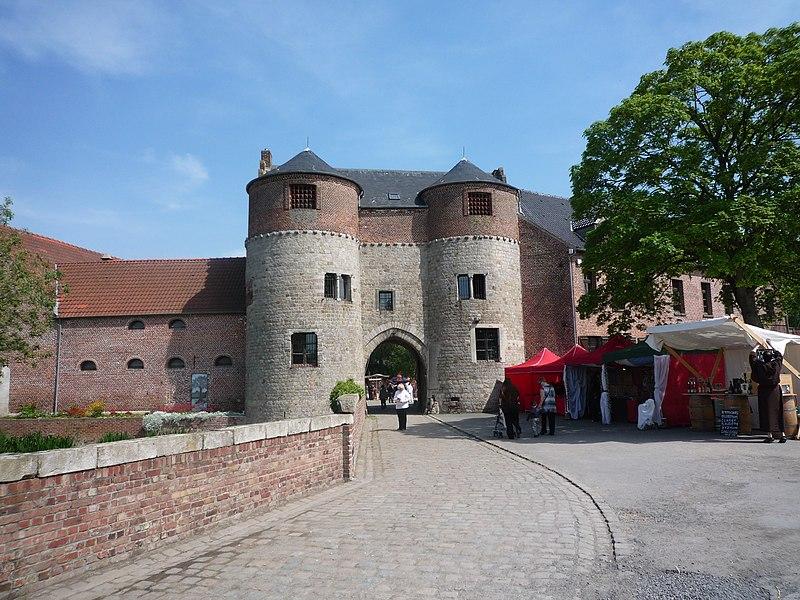Photo du Monument Historique Château-ferme situé à Montigny-en-Ostrevent