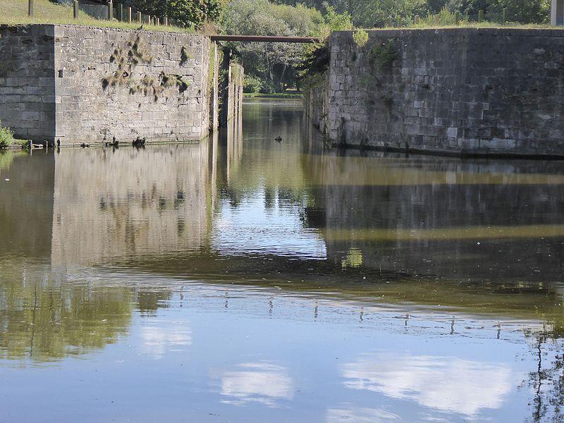 Photo du Monument Historique Ruines de la vieille écluse de Mardyck situé à Dunkerque