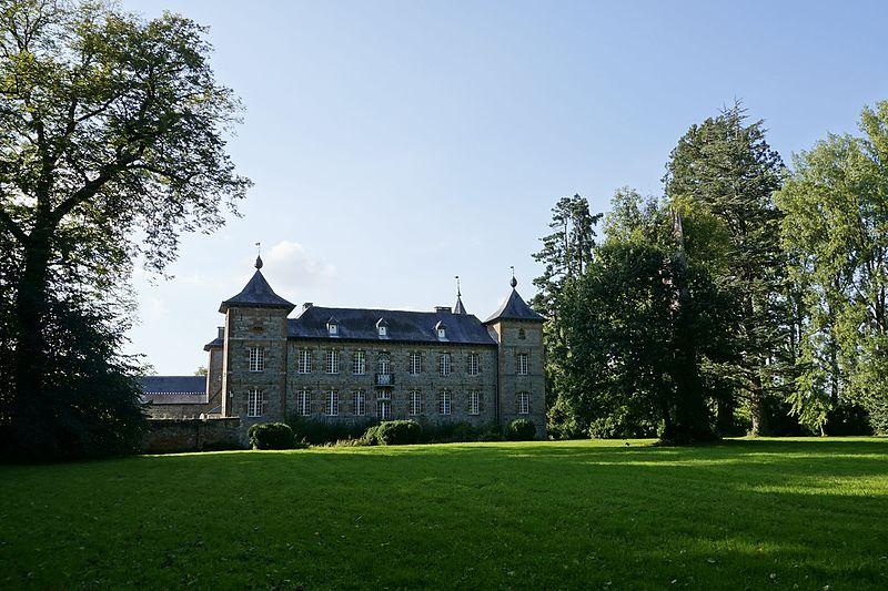 Photo du Monument Historique Château de Coutant situé à Saint-Hilaire-sur-Helpe