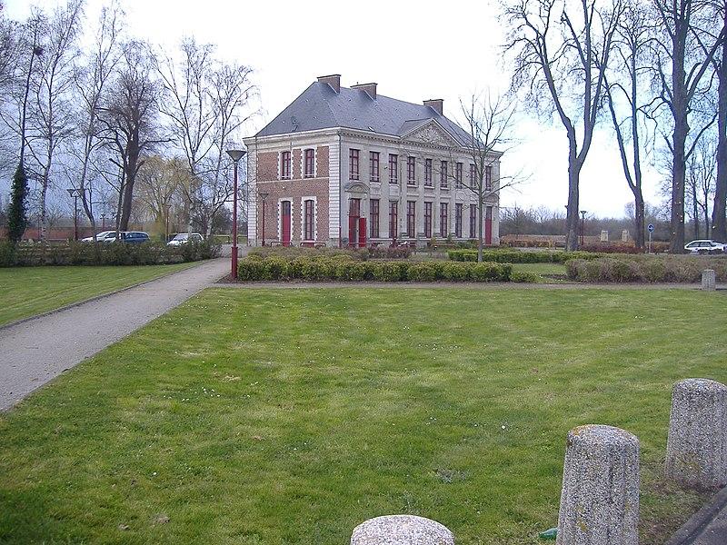 Photo du Monument Historique Ancien prieuré de Beaurepaire situé à Somain