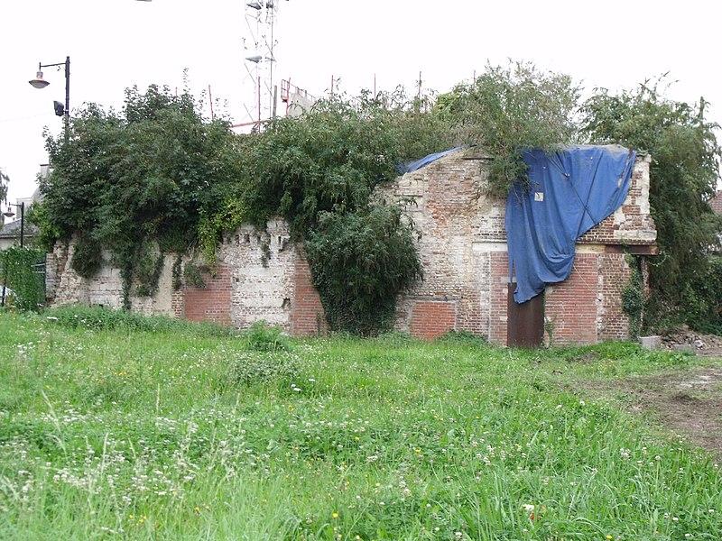 Photo du Monument Historique Ancienne faïencerie situé à Valenciennes