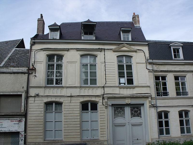 Photo du Monument Historique Hôtel Floréal, dit aussi Hôtel de Desfontaine de Fresnoy situé à Valenciennes