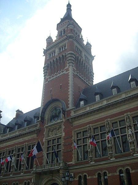 Photo du Monument Historique Hôtel de ville situé à Dunkerque