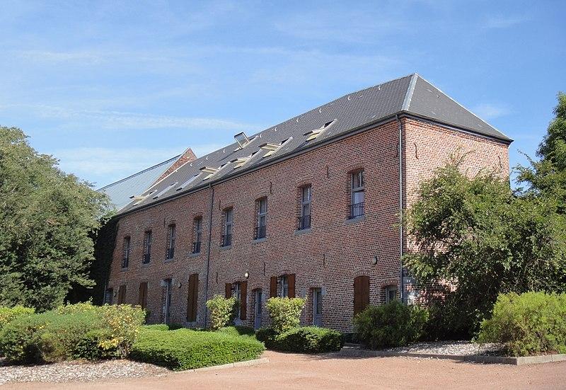 Photo du Monument Historique Ancienne abbaye bénédictine situé à Crespin