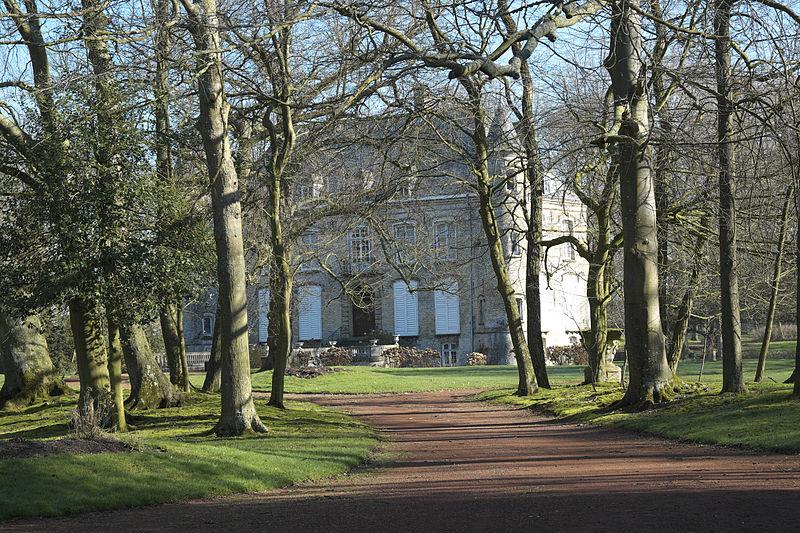 Photo du Monument Historique Château de la Briarde situé à West-Cappel