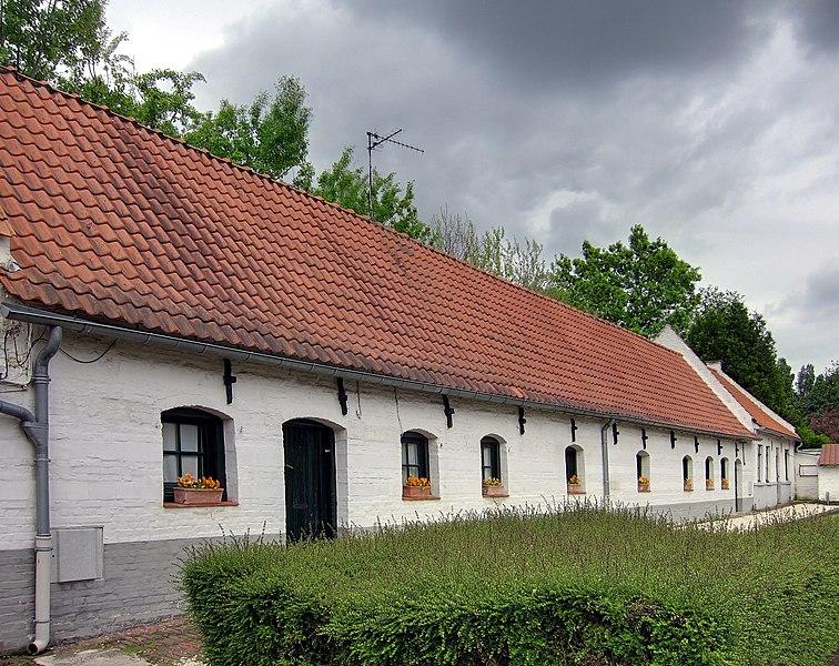 Photo du Monument Historique Maisons situé à Hem