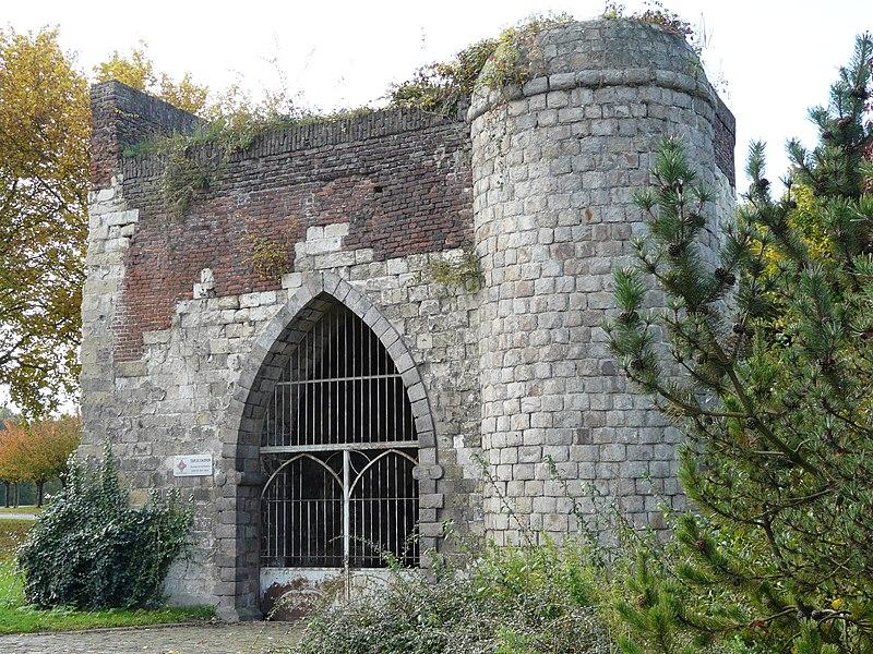 Photo du Monument Historique Tour du Caudron situé à Cambrai