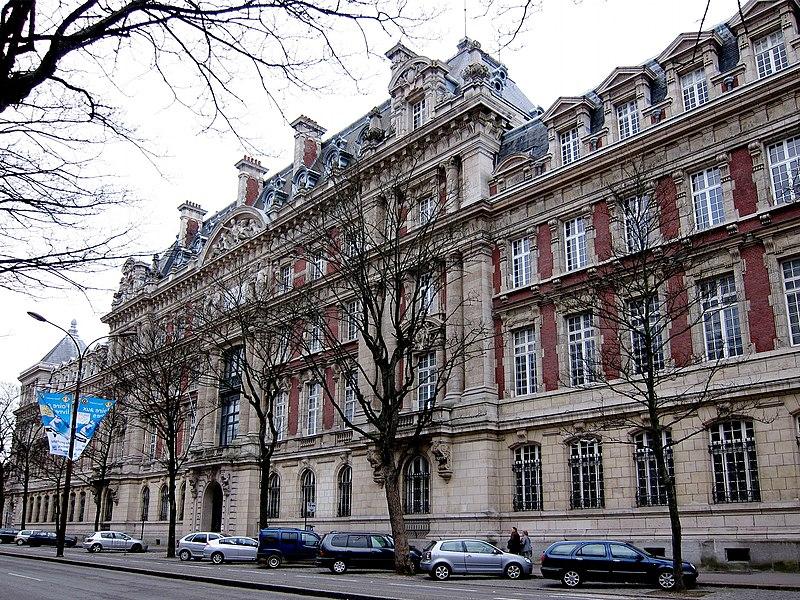 Photo du Monument Historique Ecole Nationale Supérieure des Arts et Métiers situé à Lille