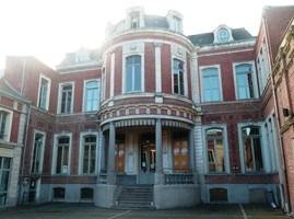 Photo du Monument Historique Hôtel Auguste-Lepoutre (ancien commissariat de police) situé à Roubaix