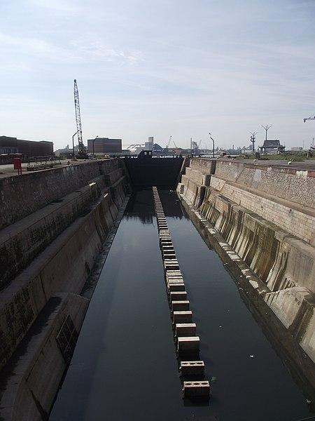 Photo du Monument Historique Formes de Radoub n°3 et n°5 et usine de pompage, ou usine des formes situé à Dunkerque