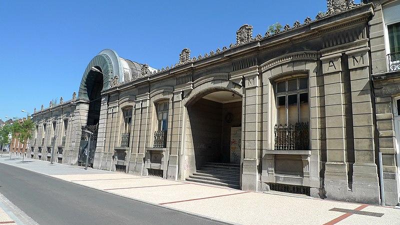 Photo du Monument Historique Ancien magasin de commerce Mahieu situé à Armentières