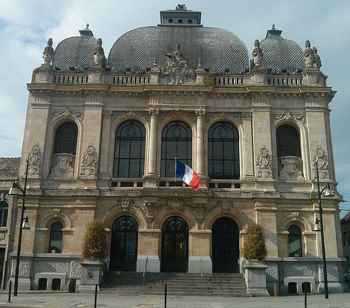Photo du Monument Historique Théâtre municipal situé à Denain
