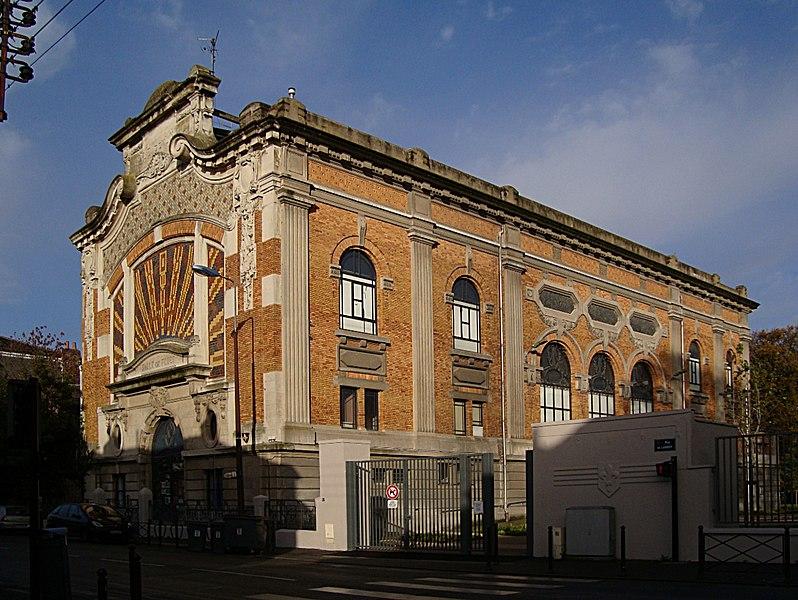 Photo du Monument Historique Salle des fêtes, à Lille-Fives situé à Lille