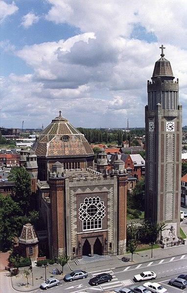 Photo du Monument Historique Eglise Saint-Chrysole situé à Comines