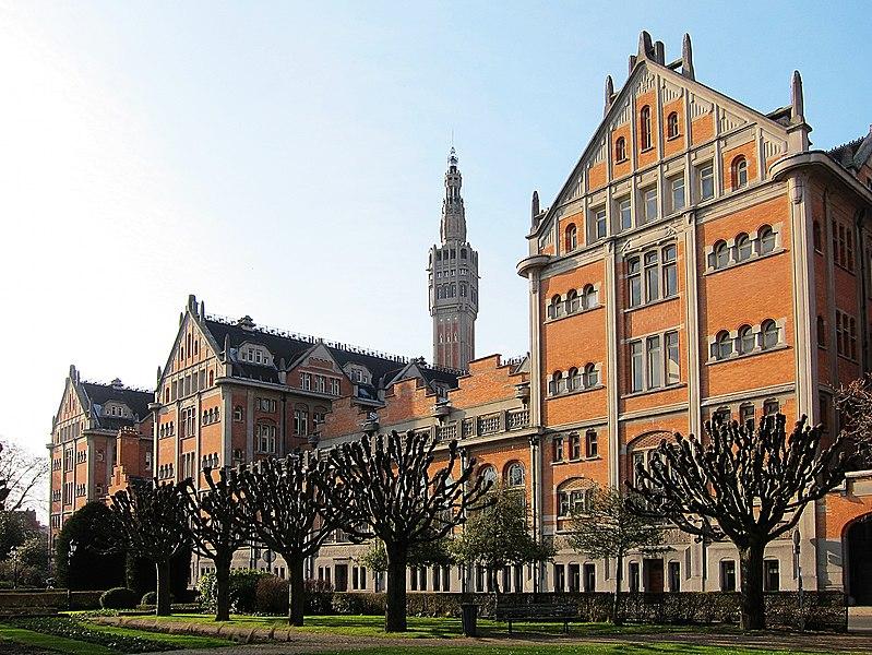 Photo du Monument Historique Hôtel de ville situé à Lille