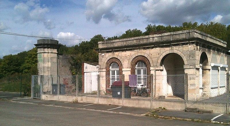 Photo du Monument Historique Porte de Dunkerque situé à Lille
