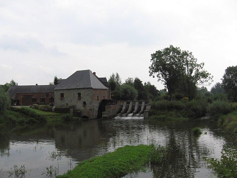 Photo du Monument Historique Moulin à eau situé à Grand-Fayt