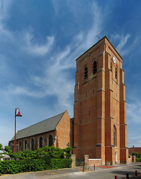 Photo du Monument Historique Eglise Saint-Martin situé à Arnèke