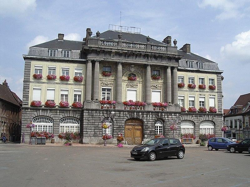 Photo du Monument Historique Hôtel de ville situé à Condé-sur-l'Escaut
