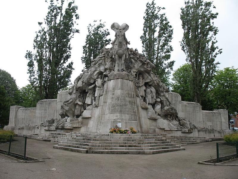 Photo du Monument Historique Monuments aux morts dit Monument de la Victoire situé à Tourcoing