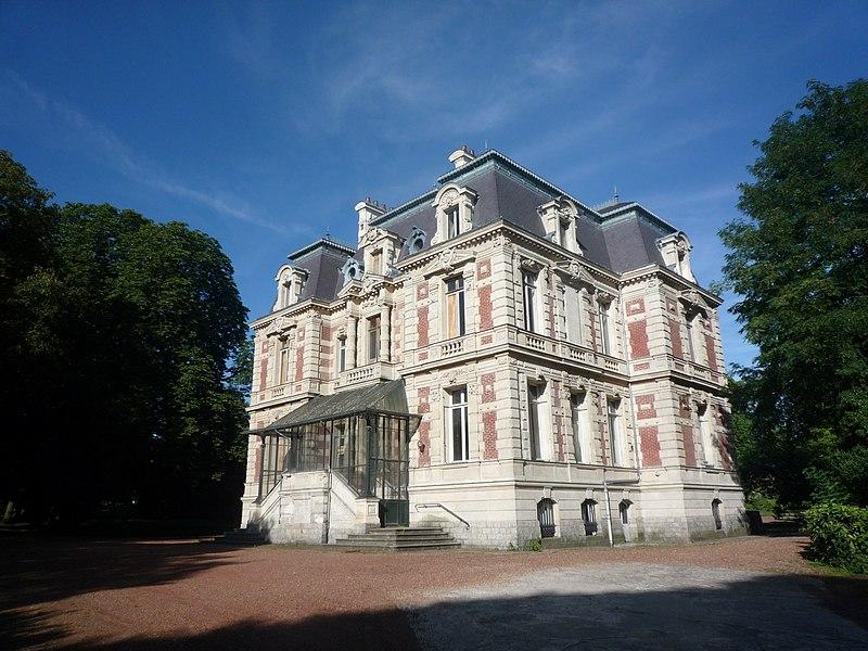 Photo du Monument Historique Château Dampierre, ancienne habitation d'un ingénieur de la compagnie des mines d'Anzin situé à Anzin