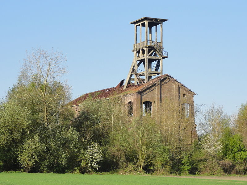 Photo du Monument Historique Fosse n° 2 de Flines de la compagnie des mines de Flines-les-Raches situé à Anhiers