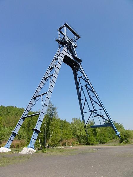 """Photo du Monument Historique Puits n° 2 de la fosse dite """" Sabatier """" de la compagnie des mines d'Anzin situé à Raismes"""