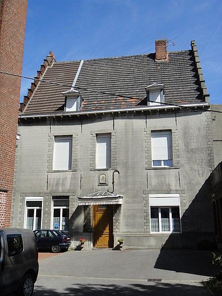 Photo du Monument Historique Presbytère de l'église Saint-Wasnon situé à Condé-sur-l'Escaut