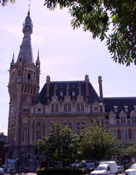Photo du Monument Historique Chambre de Commerce et d'Industrie situé à Tourcoing