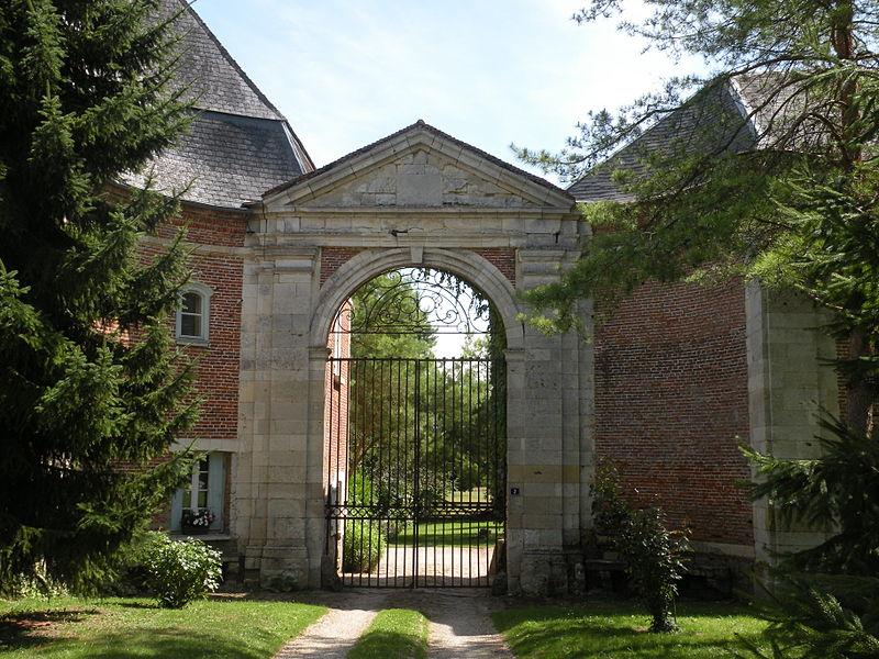 Photo du Monument Historique Ancienne abbaye de Beaupré situé à Achy