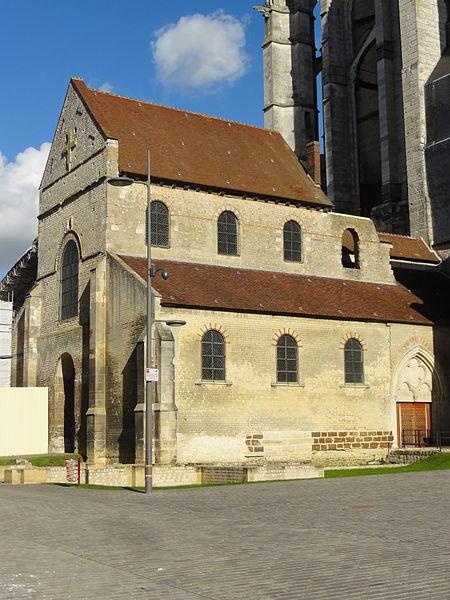 Photo du Monument Historique Eglise de la Basse-Oeuvre situé à Beauvais