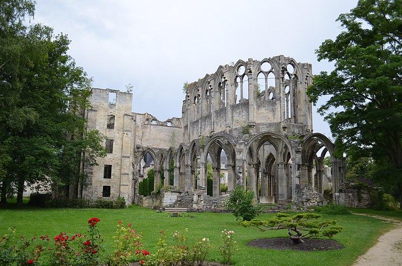 Photo du Monument Historique Eglise situé à Chiry-Ourscamp