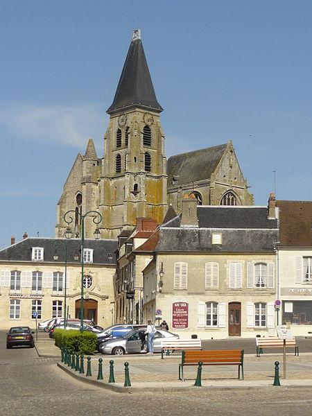 Photo du Monument Historique Eglise Saint-Samson situé à Clermont