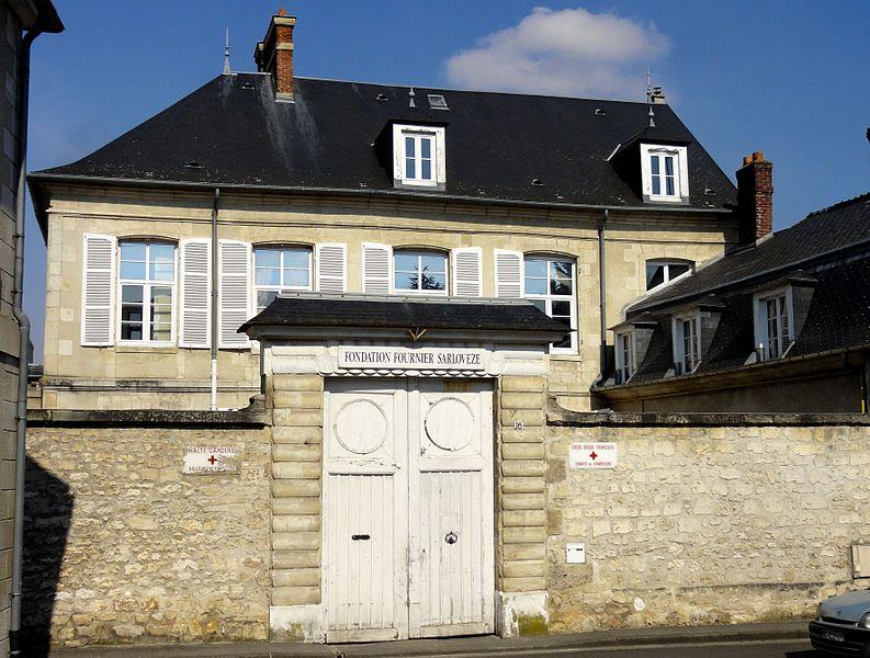 Photo du Monument Historique Ancien Hôtel d'Artois situé à Compiègne
