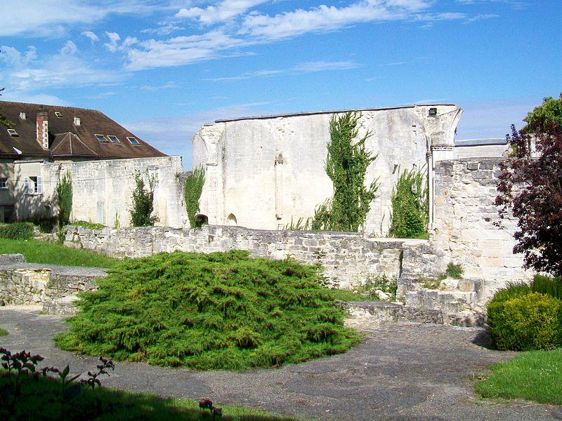 Photo du Monument Historique Ancienne abbaye Saint-Arnould situé à Crépy-en-Valois