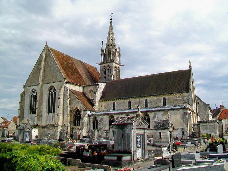 Photo du Monument Historique Eglise Saint-Denis situé à Crépy-en-Valois
