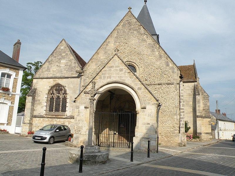 Photo du Monument Historique Croix situé à Hénonville