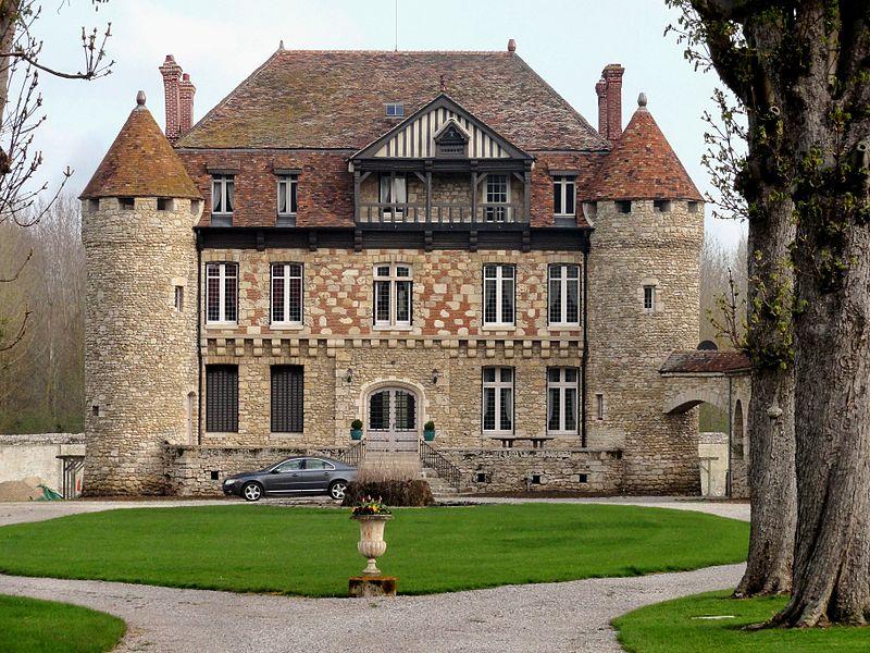 Photo du Monument Historique Ancienne abbaye cistercienne de Froidmont situé à Hermes